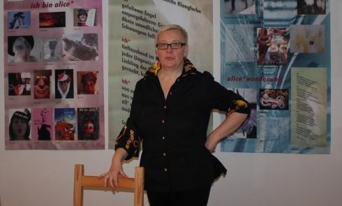 Vor dem Ansturm, 19. Kunstsalon Sabine Küster, Foto von Susanne Haun (c) VG Bild-Kunst, Bonn 2019