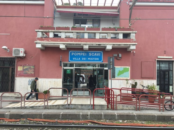 Bahnhof Pompei (c) Foto von M.Fanke