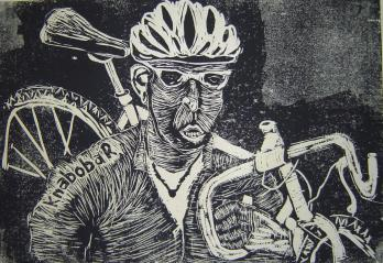 Rad tragend, Radfahrer, Linolschnitt von Susanne Haun (c) VG Bild-Kunst, Bonn 2019Rad tragend, Radfahrer, Linolschnitt von Susanne Haun (c) VG Bild-Kunst, Bonn 2019