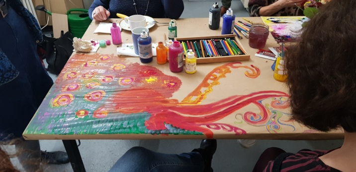 Tischplatte - Gemeinschaftswerk - Dialoge (c) Foto Kirsten Kloeckner
